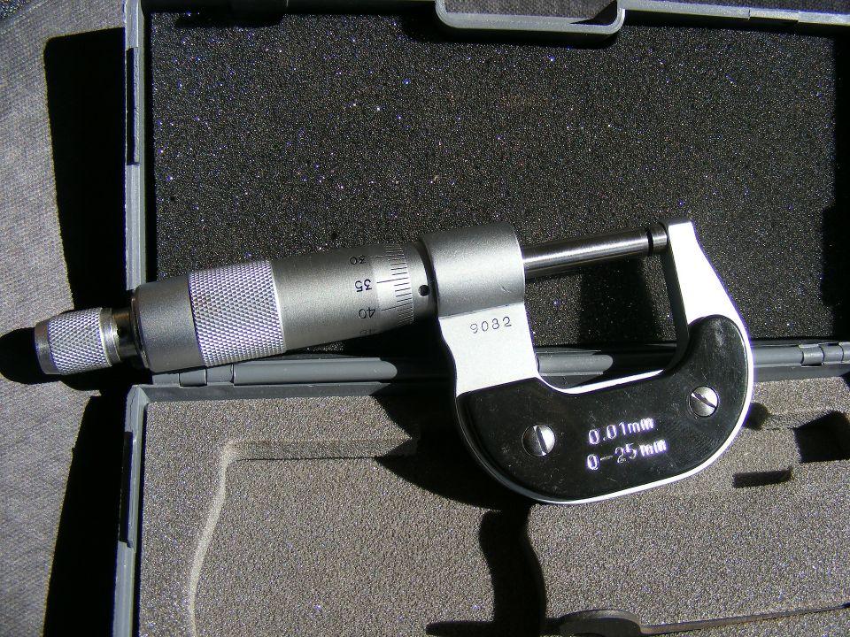 gauge-88268_1920 (1)
